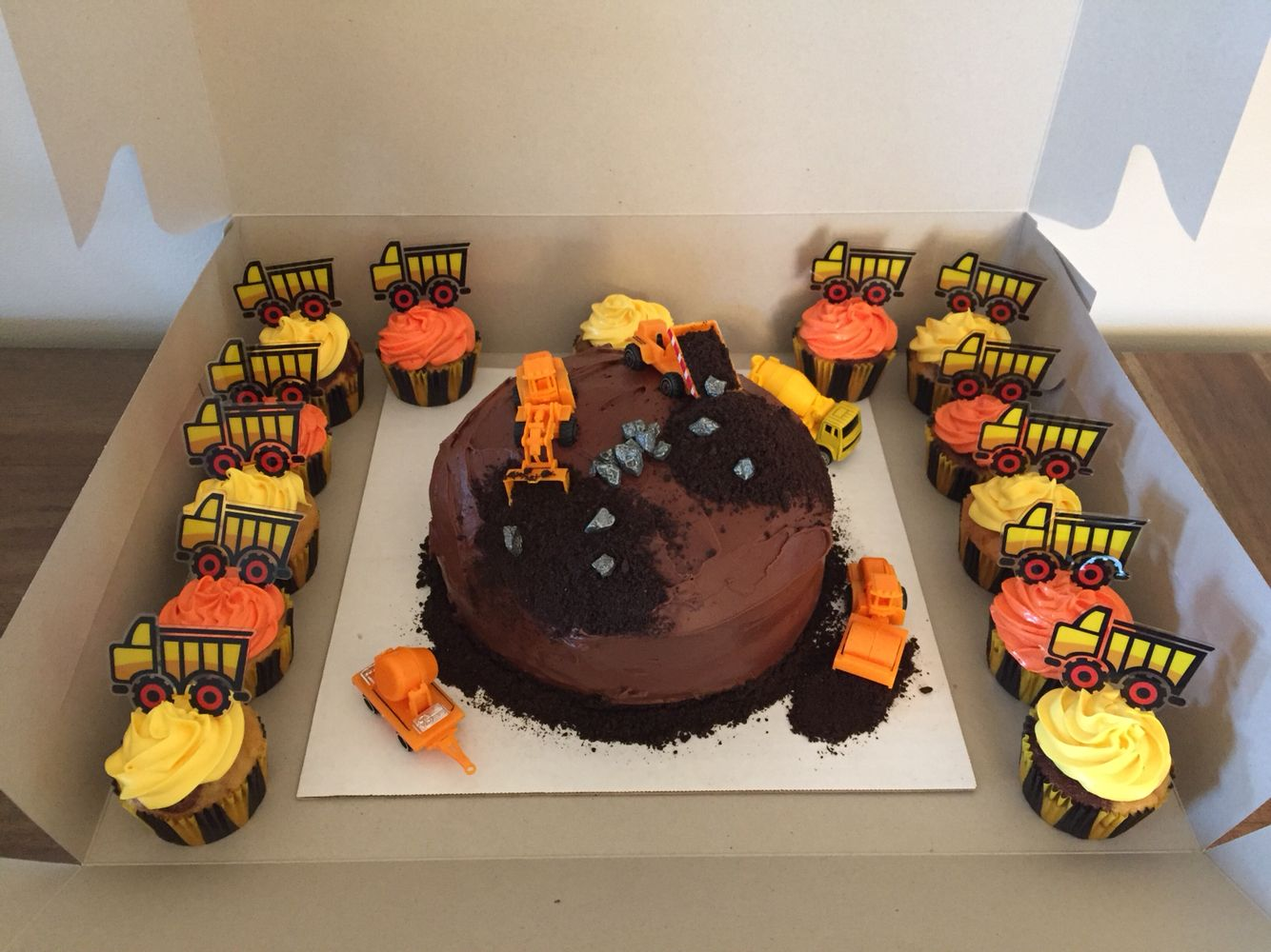 best 25 construction cakes ideas on pinterest digger party