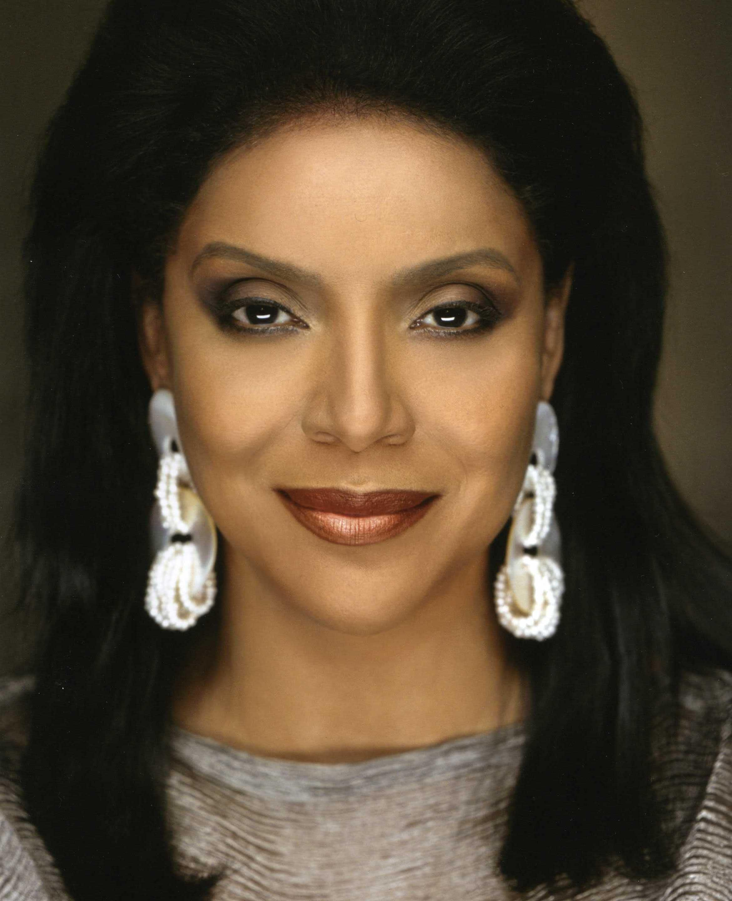 picture Phylicia Rashad