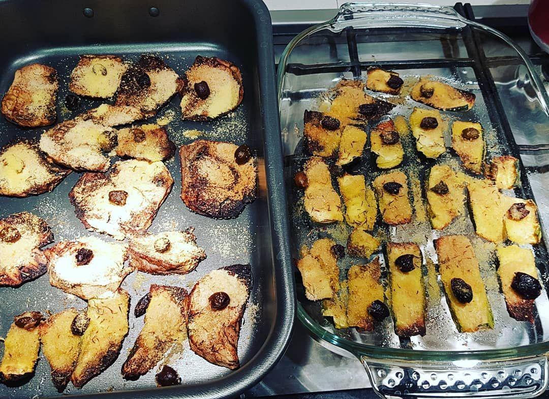 Buongiorno ieri sera ho preparato zucchine e melanzane gratinate al forno con timo e olive. Per la g...