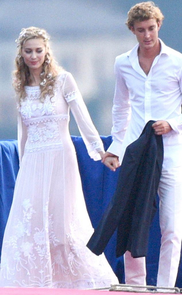 Beatrice Borromeo Wears Three More Wedding Dresses In One Weekend Royal Brides Armani Wedding Dress Royal Wedding Dress