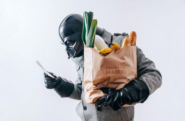 Pawel Kadysz nos presenta la vida diaria de Darth Vader