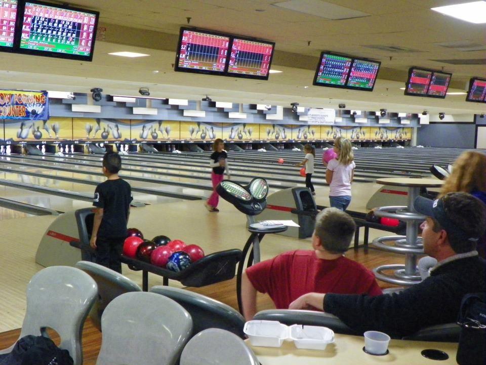 Bowling Near Me Bowling Illinois Basketball Court