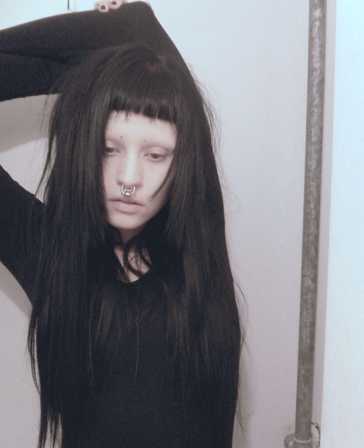 trinaechidna - goth glam