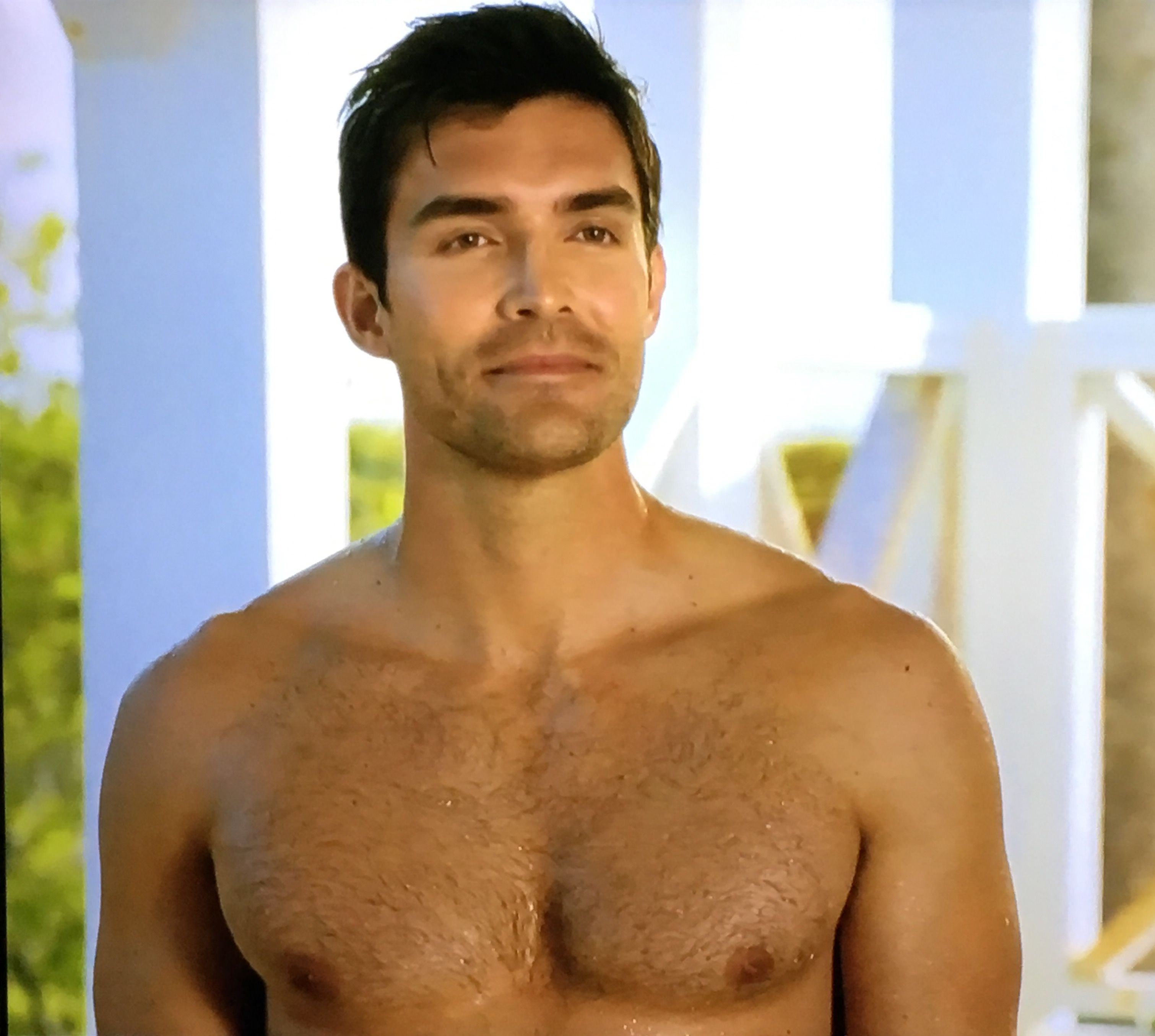 Peter Porte on Love at the Shore (2017)