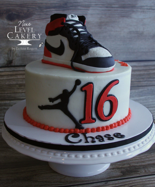 Nike Air Jordan Shoe Cake Jump Man With Images Jordan Cake
