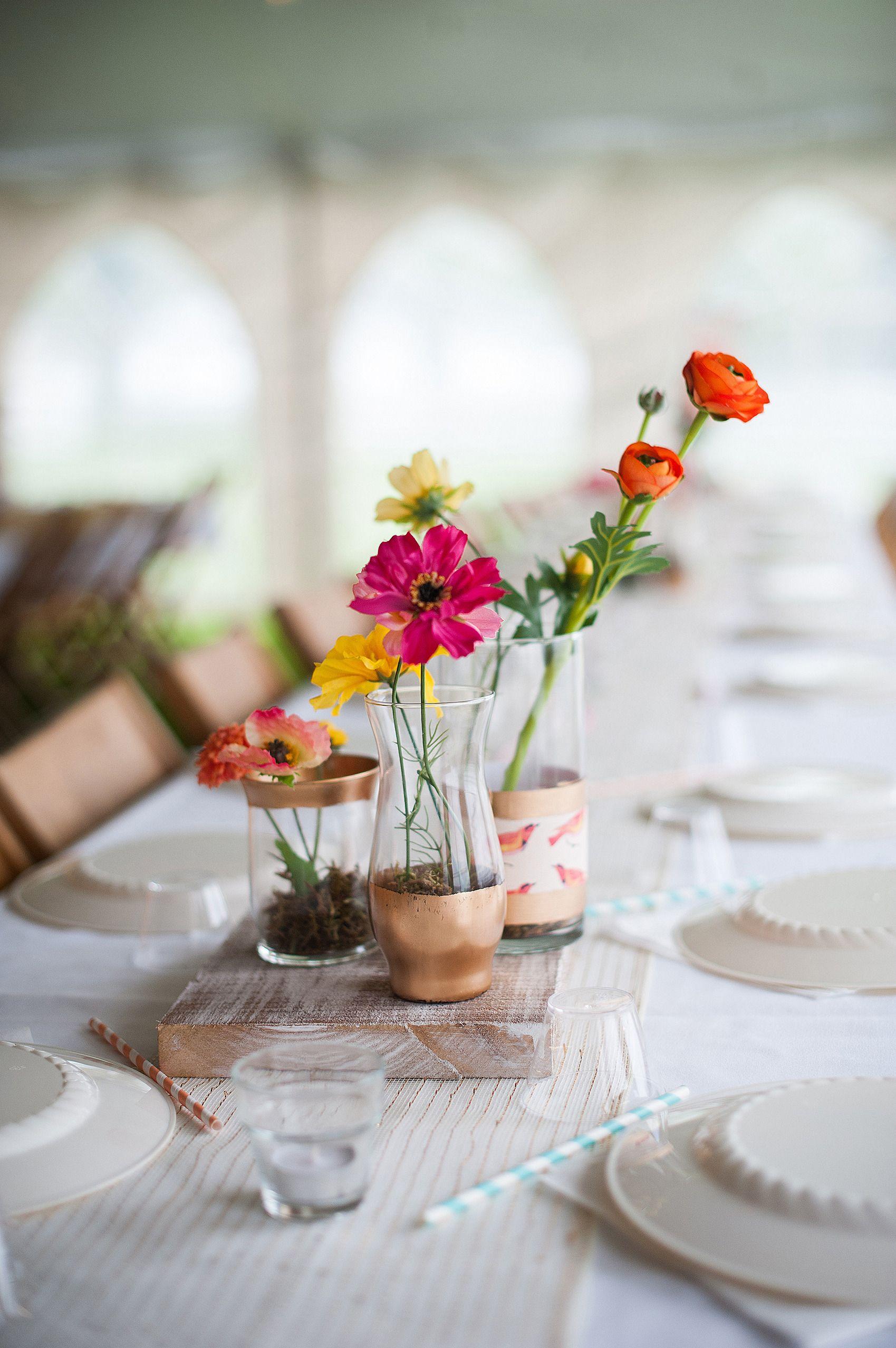 Casual Back Porch Wedding | Vase centerpieces, Porch and Centrepieces