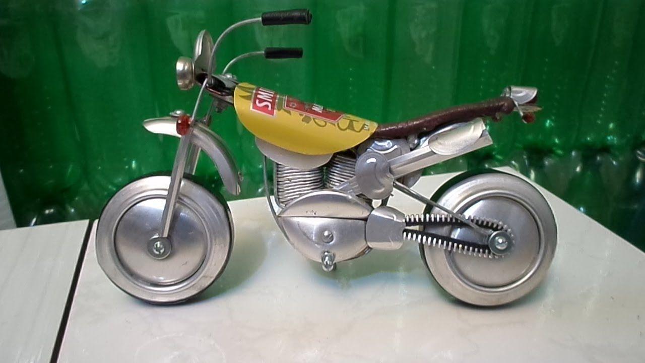 Moto miniatura de latinhas ''tutorial 01'' Latas motocicleta miniatura.