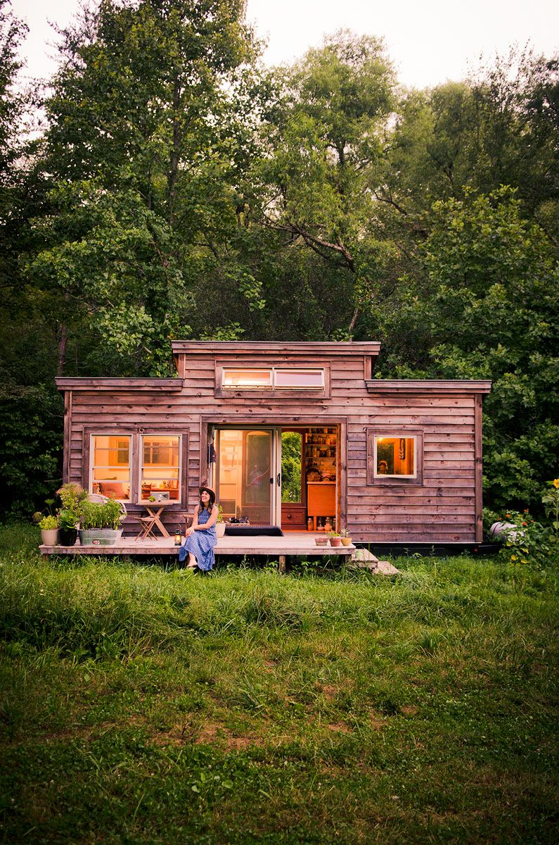 Tiny home nude, naked dude in kitchen