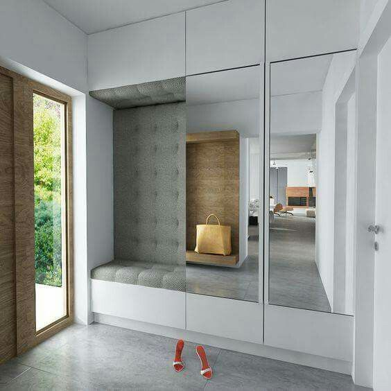 Gerade als #Garderobe im Eingangsbereich bieten inova Schiebetür - haus der küchen worms