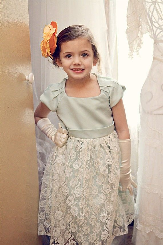1000  images about Cute Flower Girls Dresses on Pinterest  Red ...