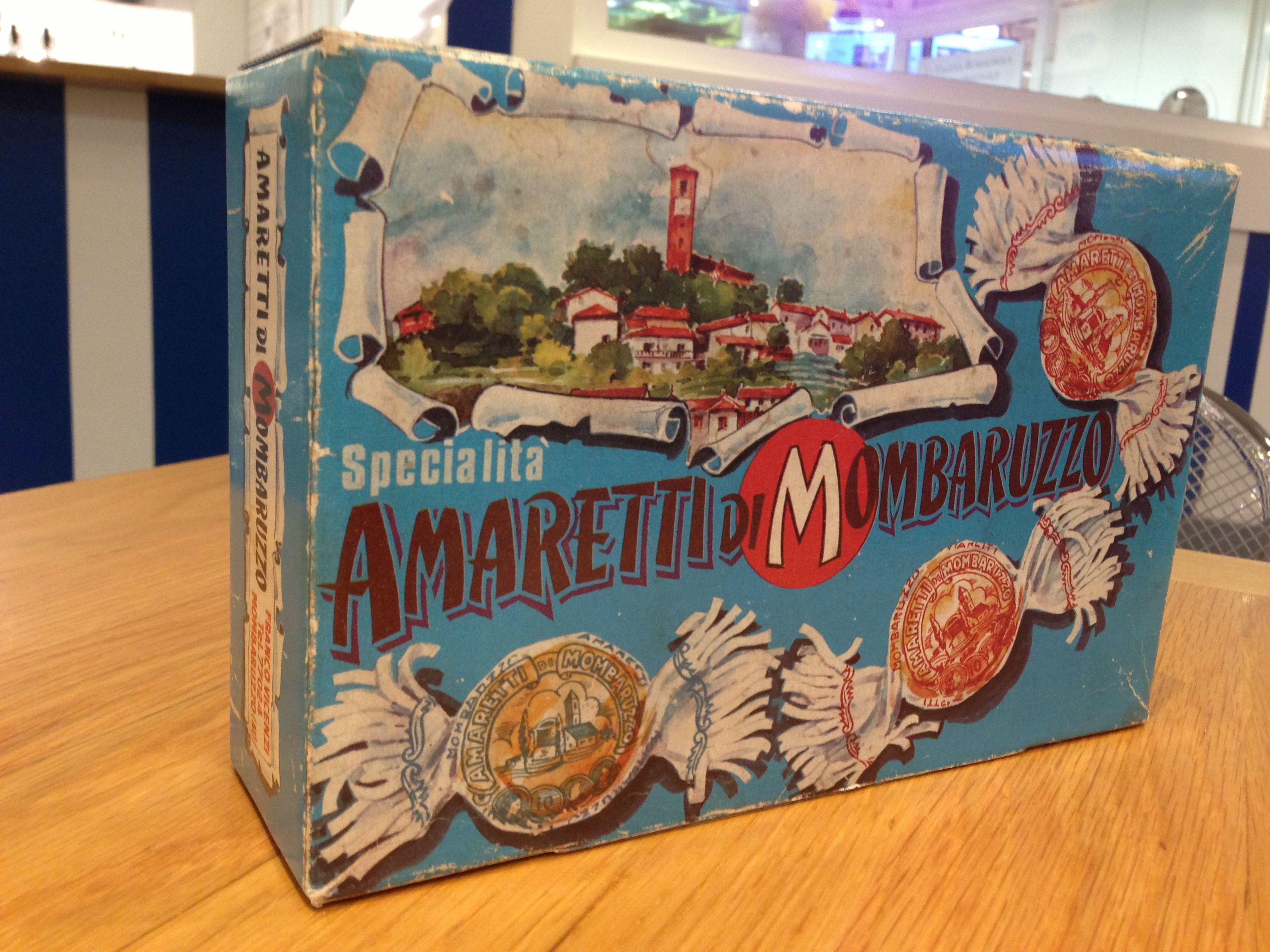 geniale packaging vintage per gli amaretti di mombaruzzo. trovati da eataly.