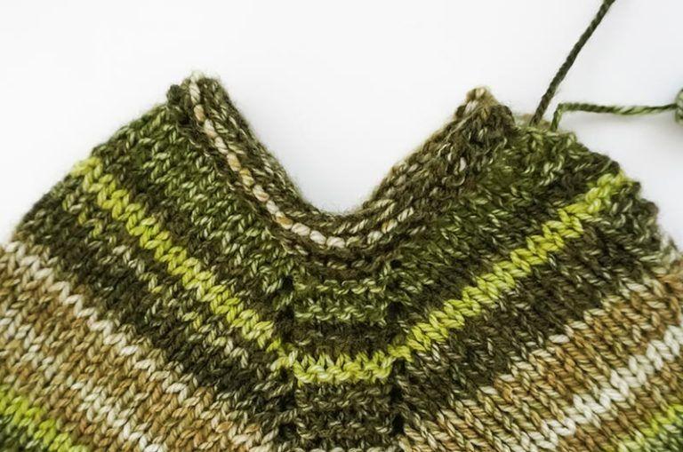 Como tejer poncho para bebé a palillos [patrón de tejido] - Marina ...