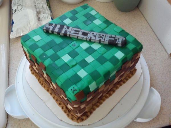 Nerdy Nummies Lego Cake