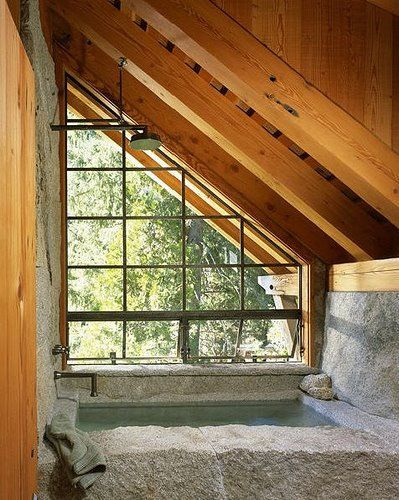 Ba era de piedra ventana hermosa y madera decoraci n for Duchas rusticas piedra