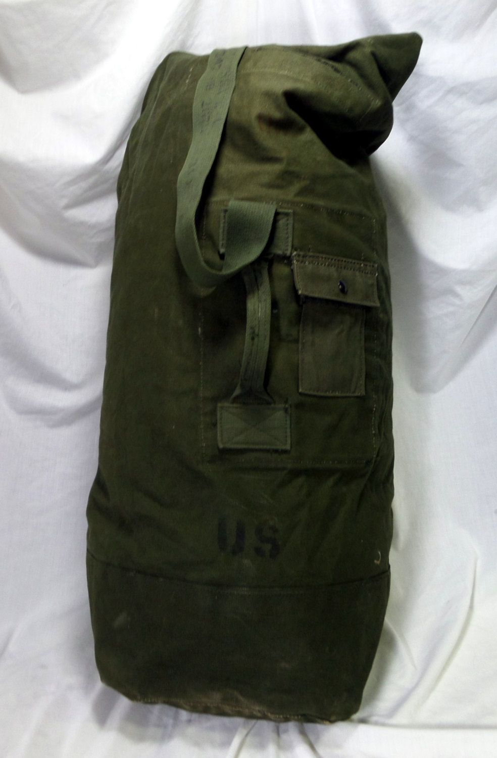 Vintage U.S. Army Duffle Bag - Vintage Army Bag - Genuine Canvas US Surplus Army  Bag - Vietnam Eta by AmalgamationCapital on Etsy a38f33c8a06