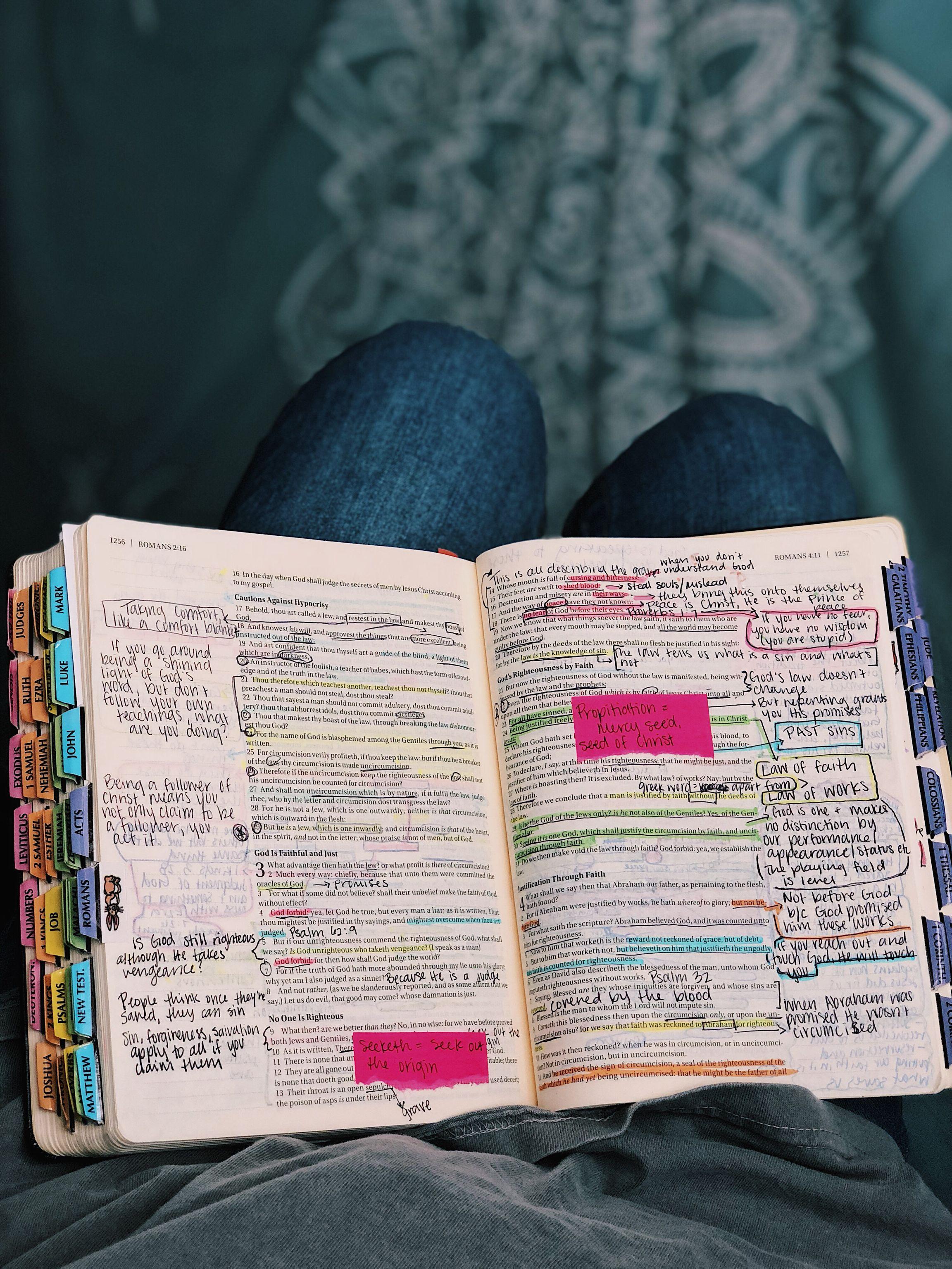 Divisores de livros na falta de índice lateral | Biblias decoradas ...