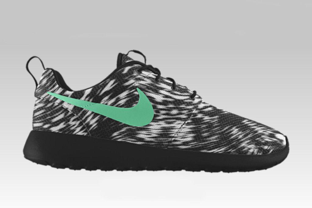 b2a030c3297 Nike iD Roshe One (Wind Blur Graphic Option