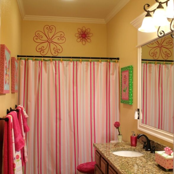 Lovely Little Pink And Yellow Bathroom Love The Wall Hangings Above Shower Rod