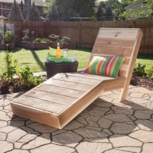 Build A Painting Bench In 2020 Floating Bookshelves Outdoor Chaise Lounge Outdoor Woodworking Projects