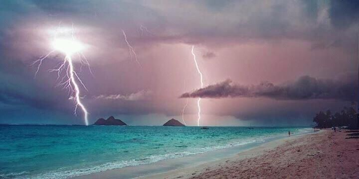 Beach In Storm Lightning: Lightning Storm This Weekend Over Kailua, Oahu HI