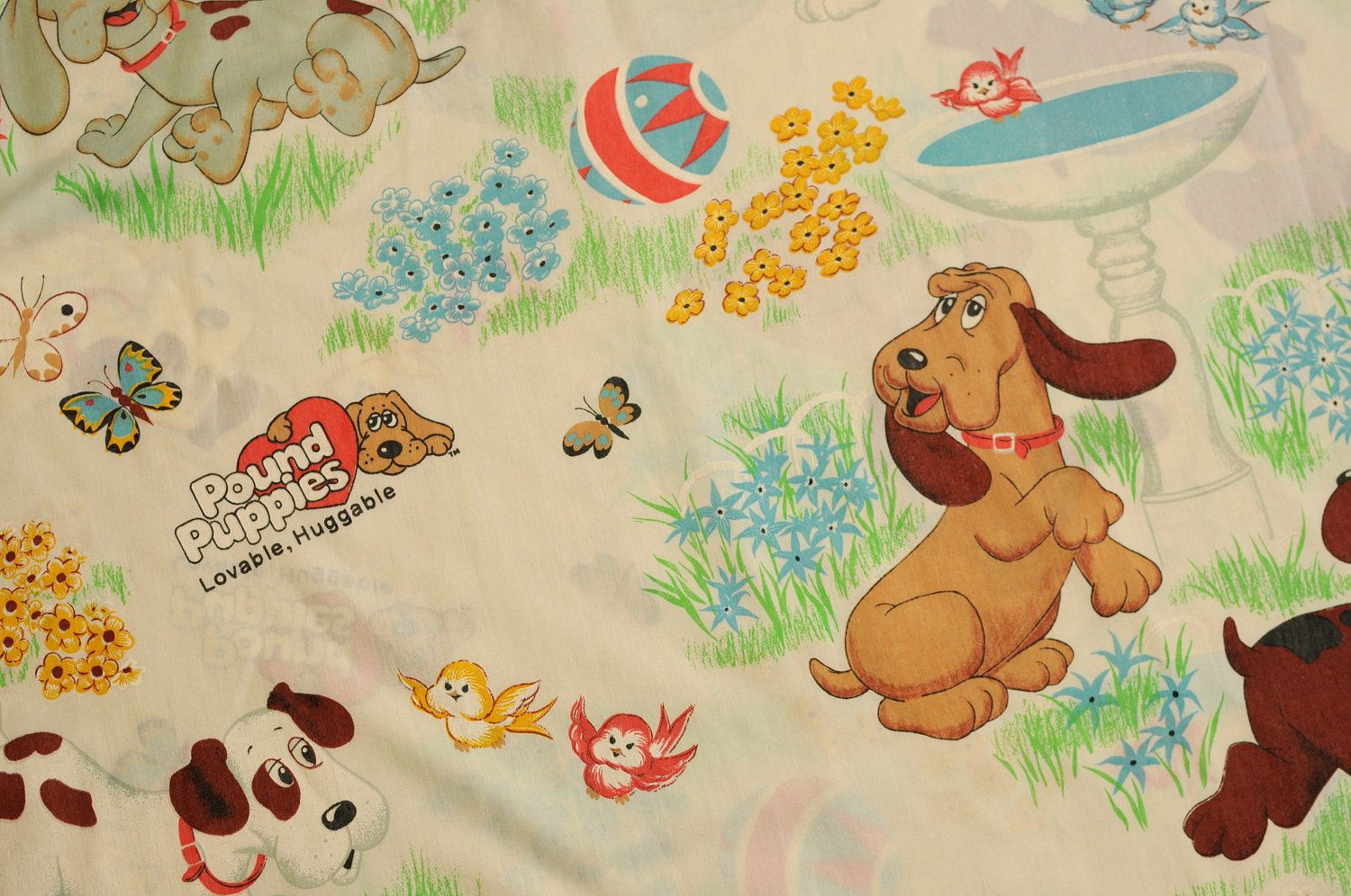 80s Pound Puppies bed sheet fabric bedsheet bedding twin flat