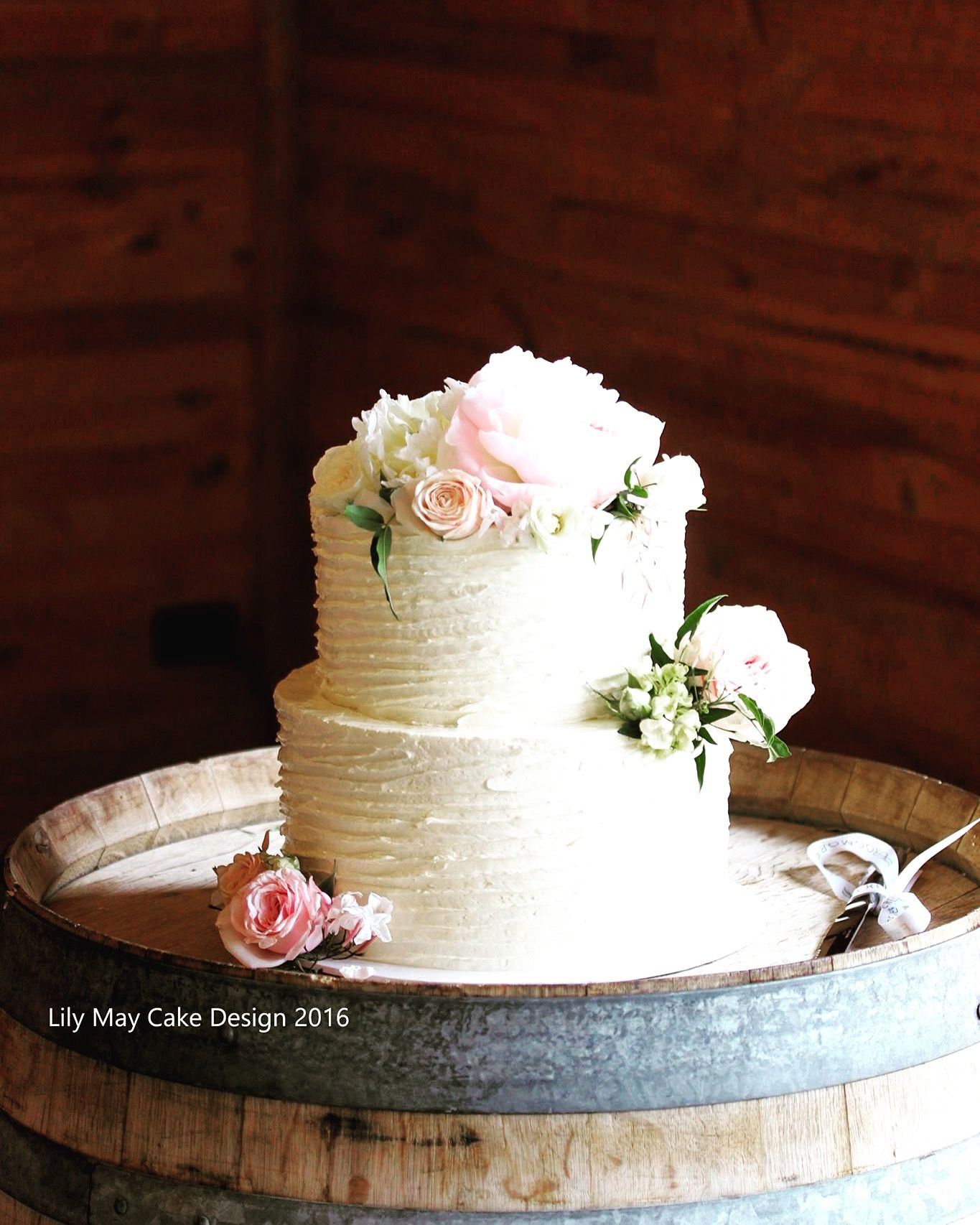 Swiss Meringue Ercream Wedding Cake With Fresh Flowers
