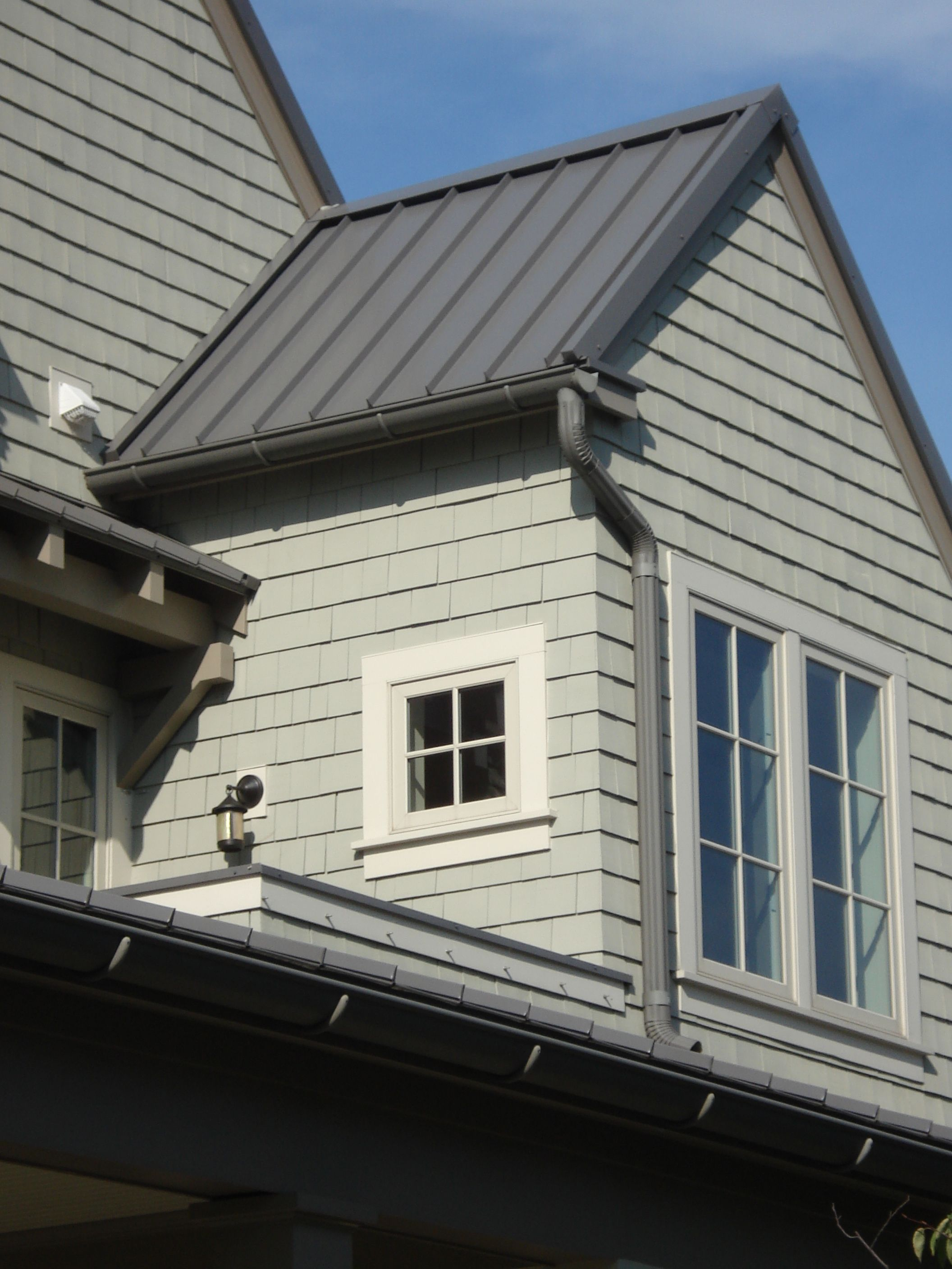 Gutters And Downspouts Old World Distributors Inc Metal Roof Houses Metal Roof House Roof