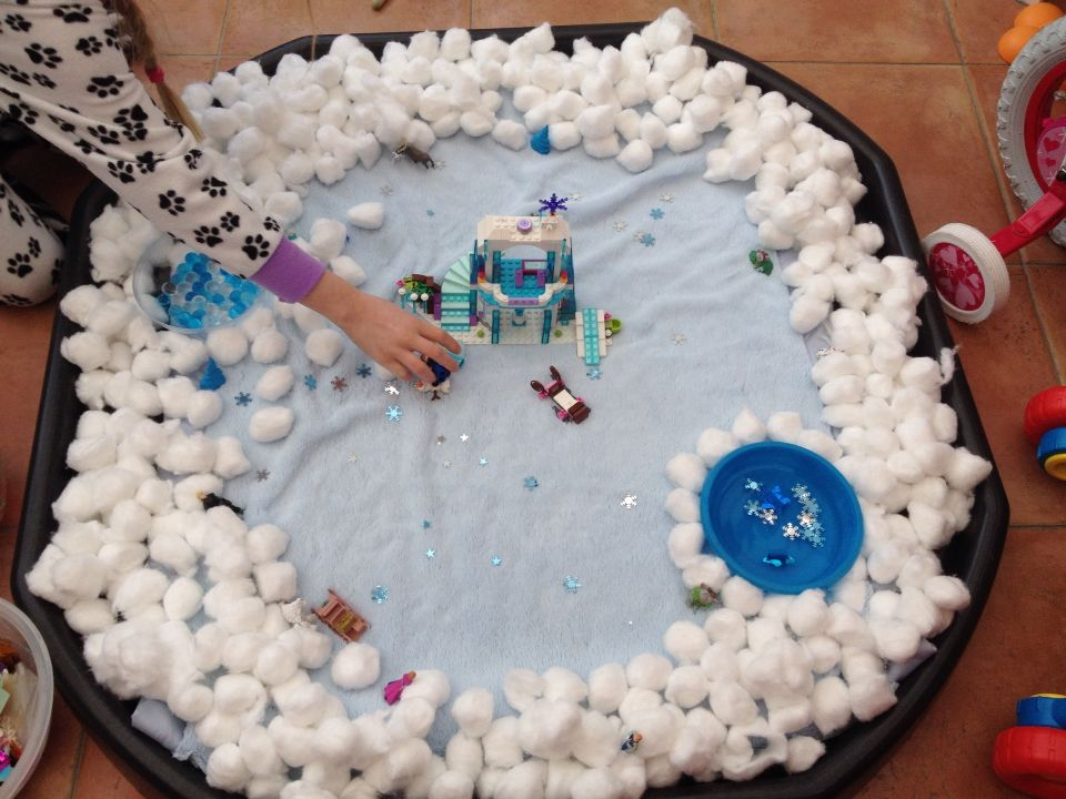 Frozen winter themed tough tray tuff spot play water beads