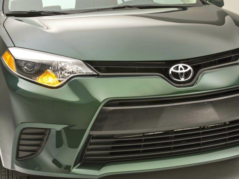 2014 Toyota Corolla Gets Bold New Look Standard LED
