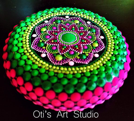 Mandala Stone- BOUGAINVILLEA MANDALA-Hand Painted | Galets ...