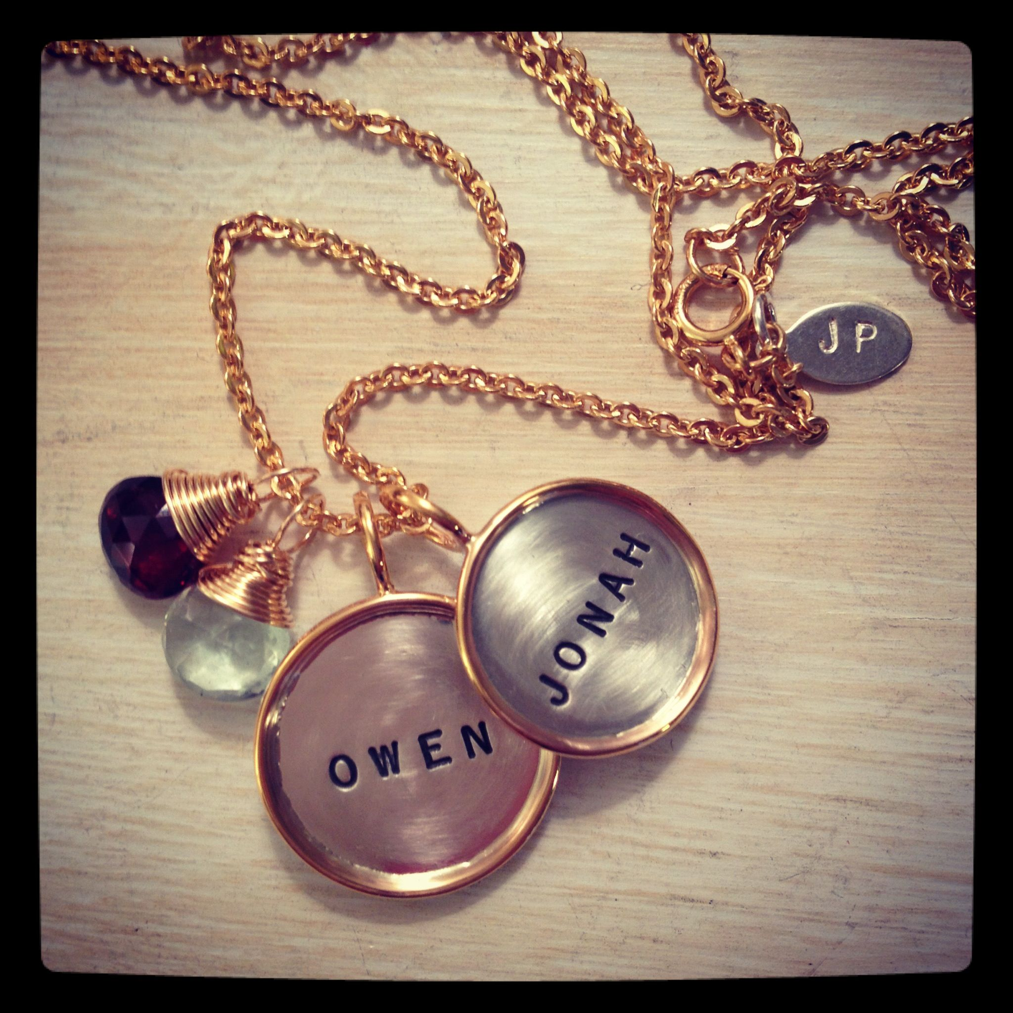 30+ Best personalized jewelry for moms ideas