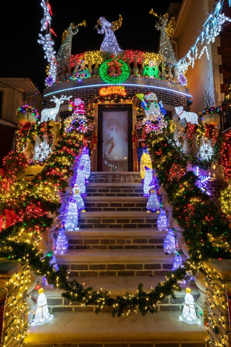 See this year's completely outrageous Dyker Heights