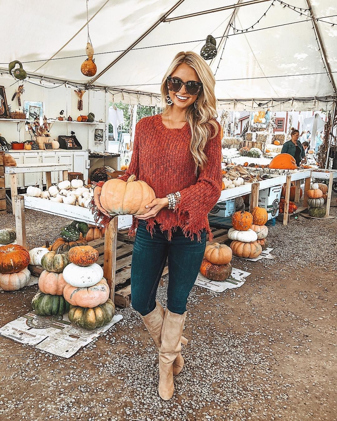 "Shea Leigh Mills on Instagram: ""Officially add me to the list of girls posting pumpkin patch photos in an outfit that is not at all suitable for picking up & carrying dirt…"" #pumpkinpatch"
