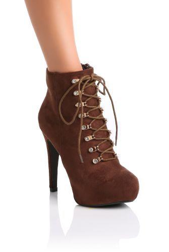 1aa60c71dd2ab4 Bottines Marron à lacets: Glamour et très tendance, les bottes à talons à  bouts