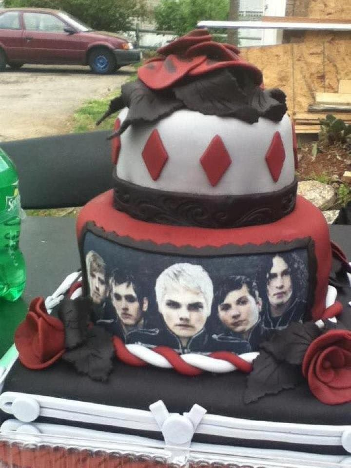 Im Mcr Trash And Seriously Want This My Chemical Romance