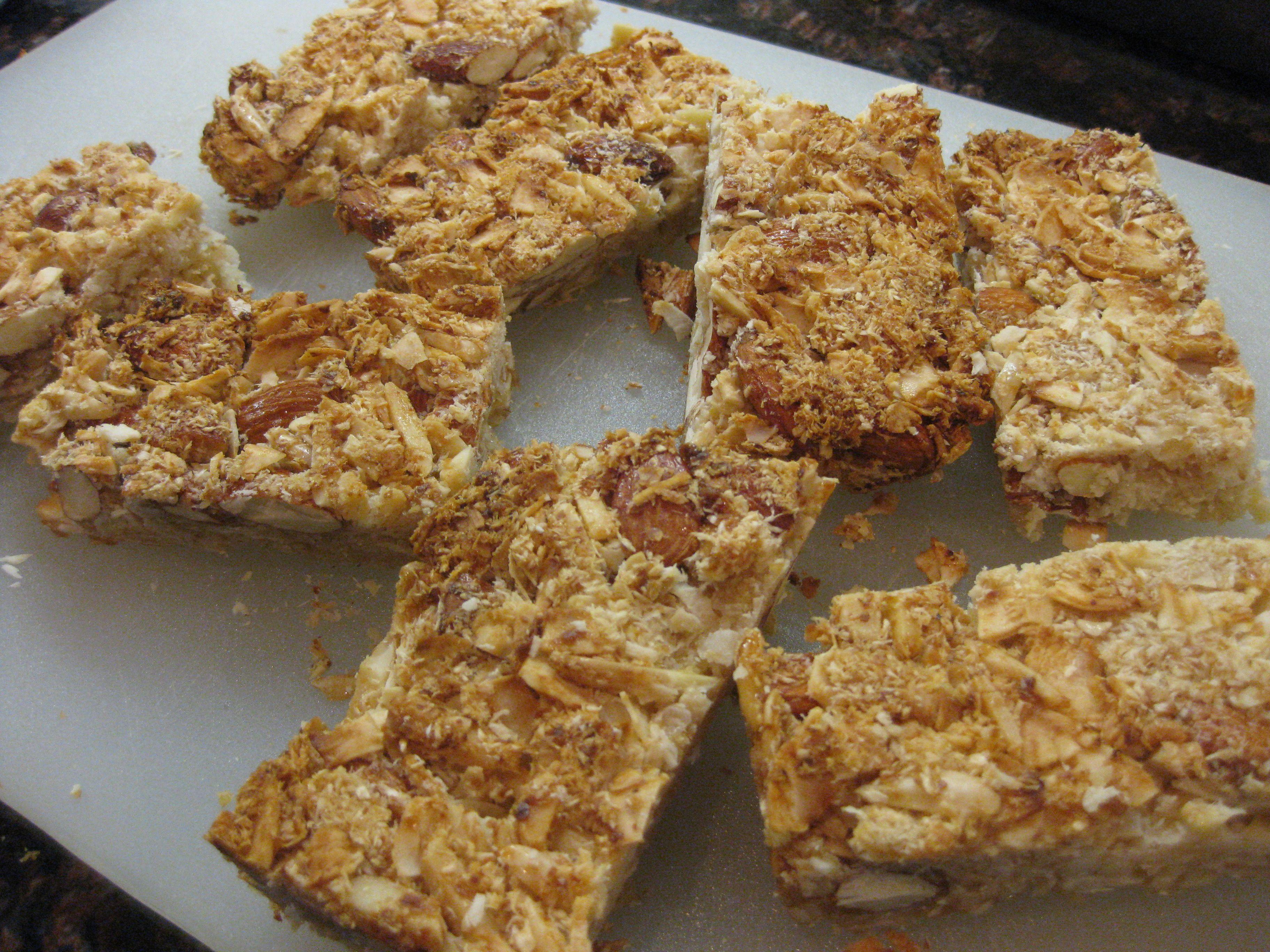 Almond-coconut kind bar copycat recipe