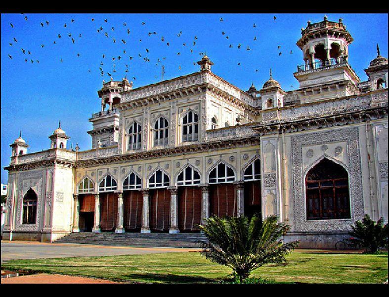 6e683439bf9d26399a64aac4a5bcb7b1 - Le Palais Royal And Crown Villa Gardens Secunderabad Telangana