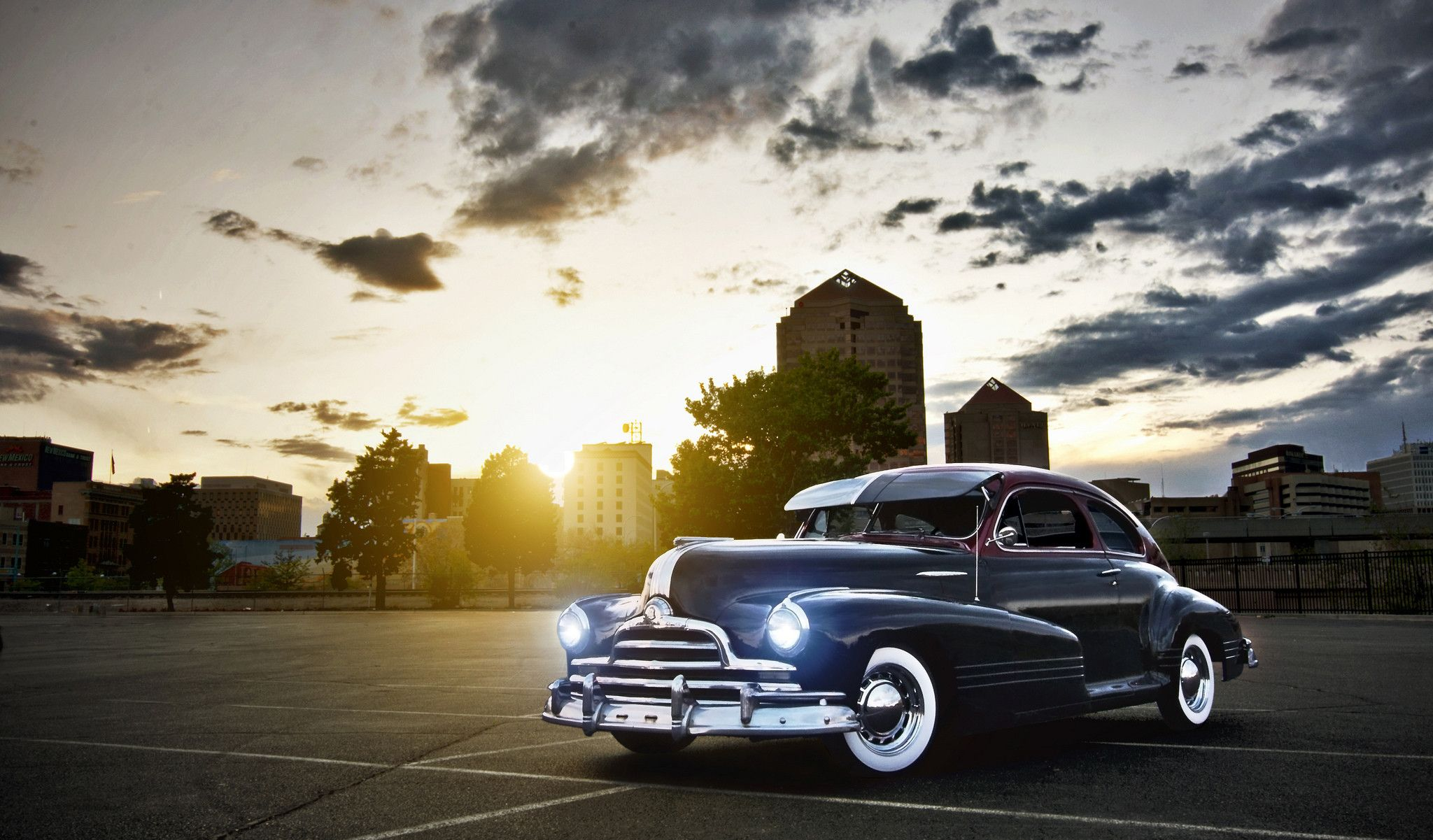 Classic Old Car Professional Photo In Sunlight Cars And Other Vehicles Wallpapers Hd Wallpaper Download For Ip Cool Old Cars Old Classic Cars New Car Photo