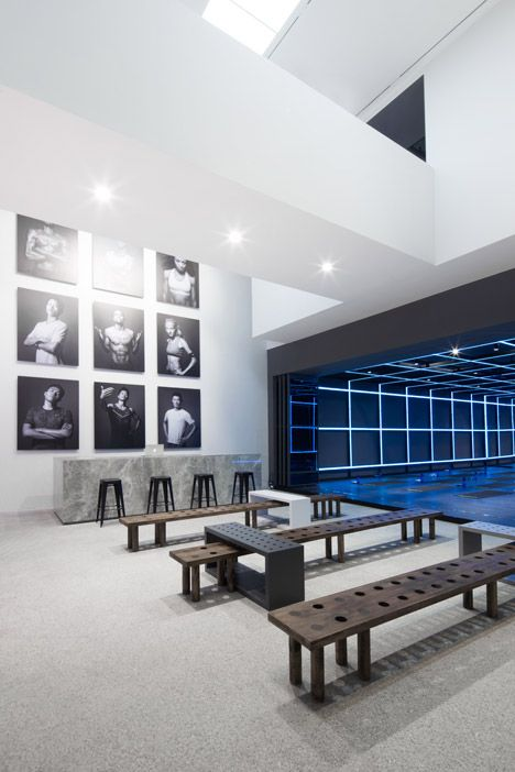 Nike studio in beijing by coordination asia retail for Asiatische raumgestaltung