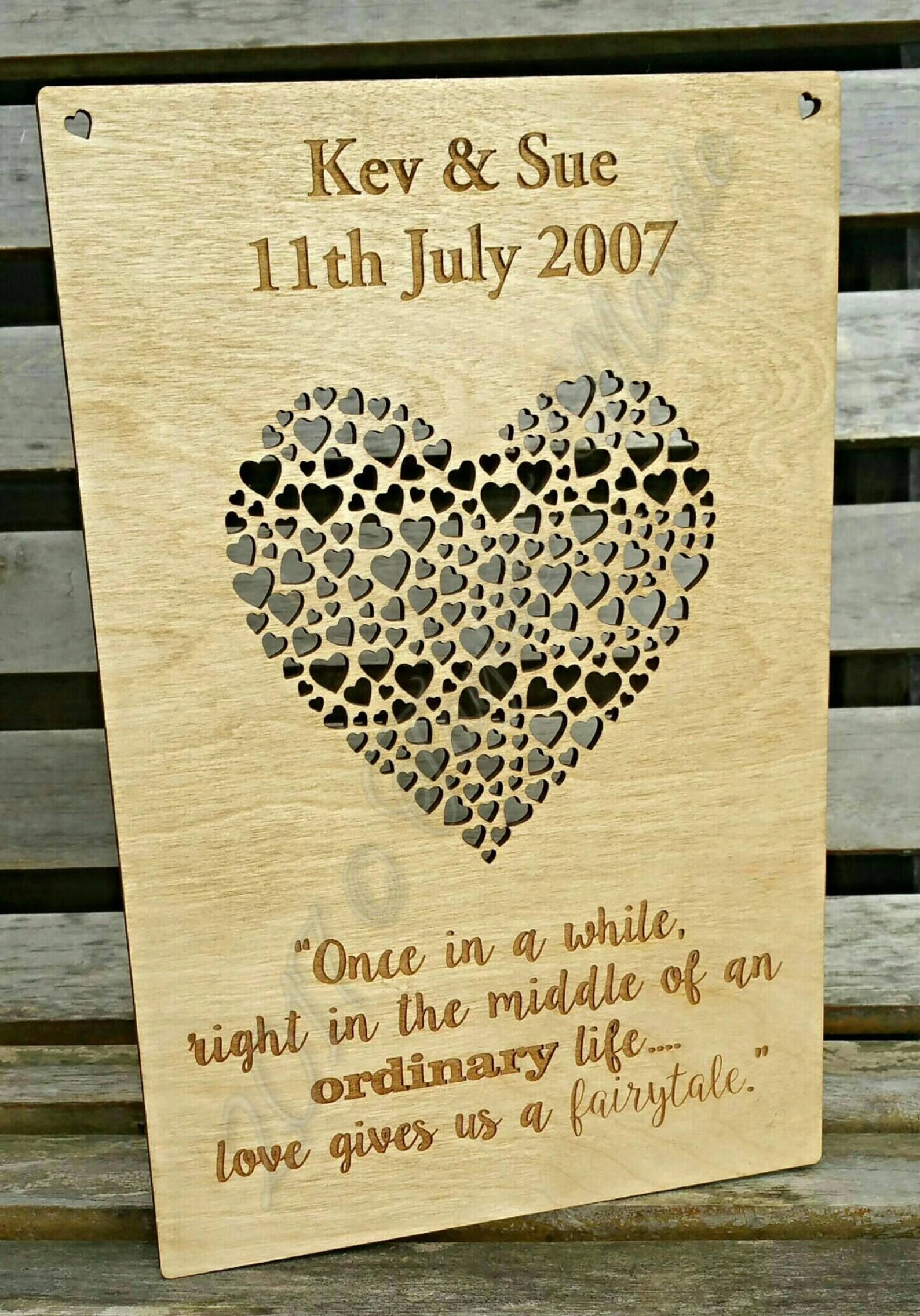 PERSONALISED ENGRAVED ANNIVERSARY GIFT PLAQUE WOODEN SIGN VALENTINES BIRTHDAY