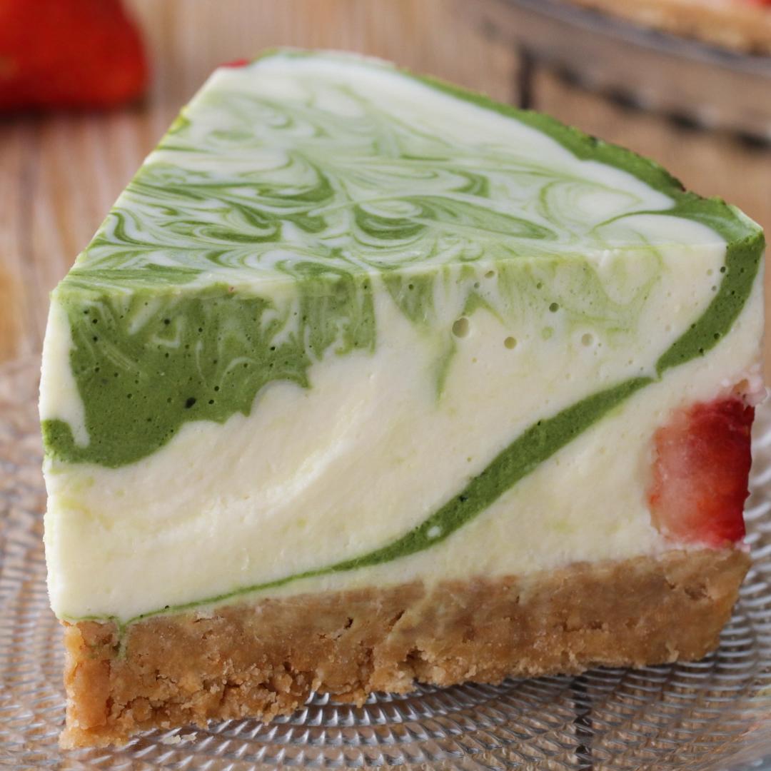 春のおもてなしに♪ いちごと抹茶のマーブルチーズケーキ #cheesecakes