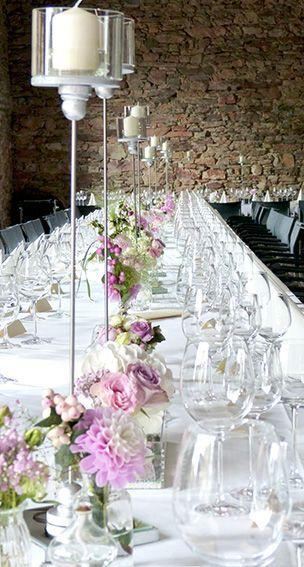 Tischdekoration Fur Hochzeit Im Vintage Loog Mit Hohen