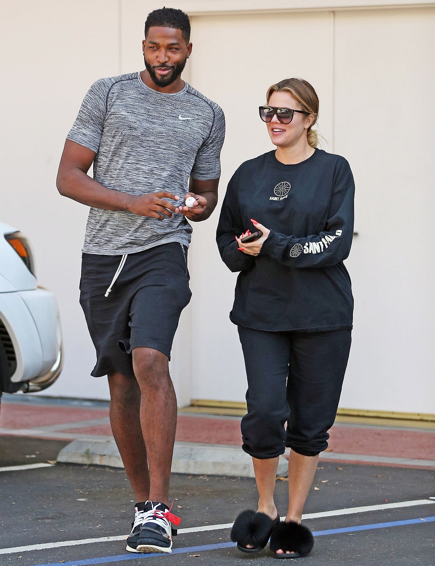 646f0d2b4fb6 Pregnant Khloe Kardashian and Tristan Thompson Are Not Married ...