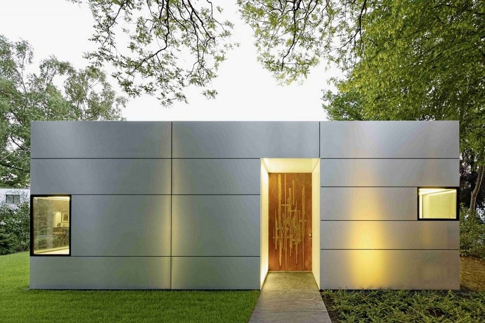 modern single story cubical house with a metal facade in cologne architecture pinterest. Black Bedroom Furniture Sets. Home Design Ideas