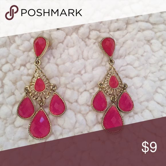 Selling this Cute Pink Earrings on Poshmark! My username is: emmaeleanora. #shopmycloset #poshmark #fashion #shopping #style #forsale #Francesca's Collections #Jewelry