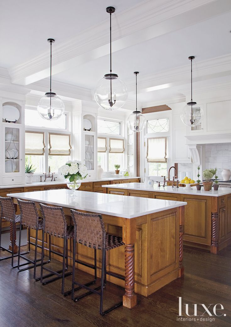 Interior Design For Kitchen: Long Outfitted The Bistro-style Kitchen With Globe