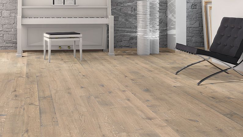 Haro Parquet Plank 1 Strip Oak Tobacco Grey Sauvage Retro Brushed 4v