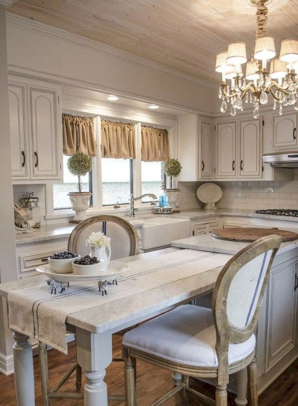 Nice 35 Beautiful French Country Kitchen Design and Decor Ideas ...