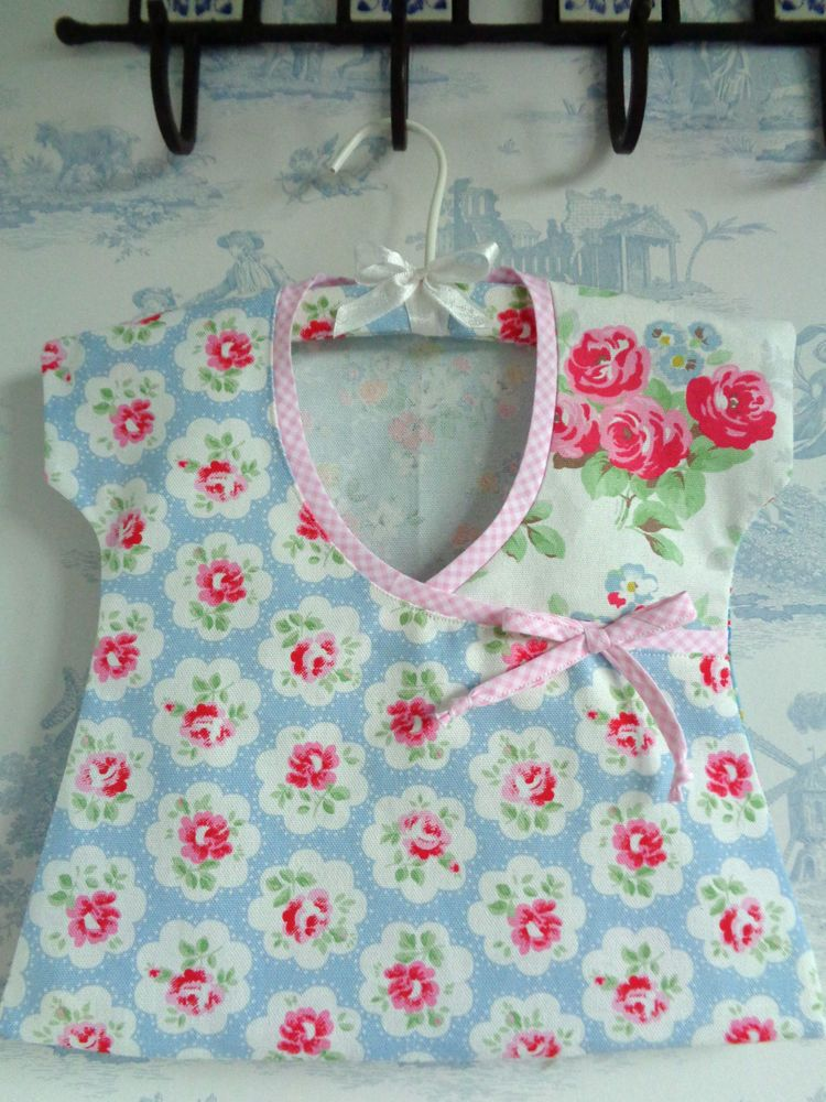 Cath Kidston fabric Peg Bag/Storage Handmade Provence Rose Blue hanger in cello & Cath Kidston fabric Peg Bag/Storage Handmade Provence Rose Blue ...