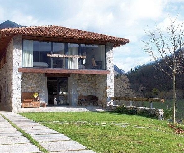 Casa rustica y moderna con piedras en la fachada - Piedra rustica para fachadas ...
